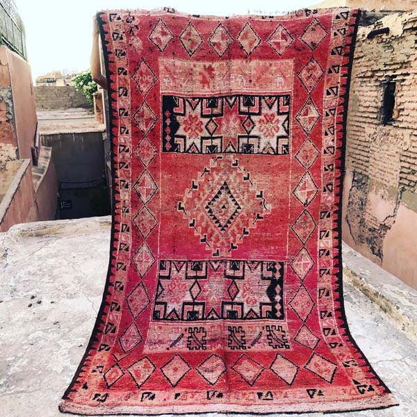 Red moroccan vintage carpet