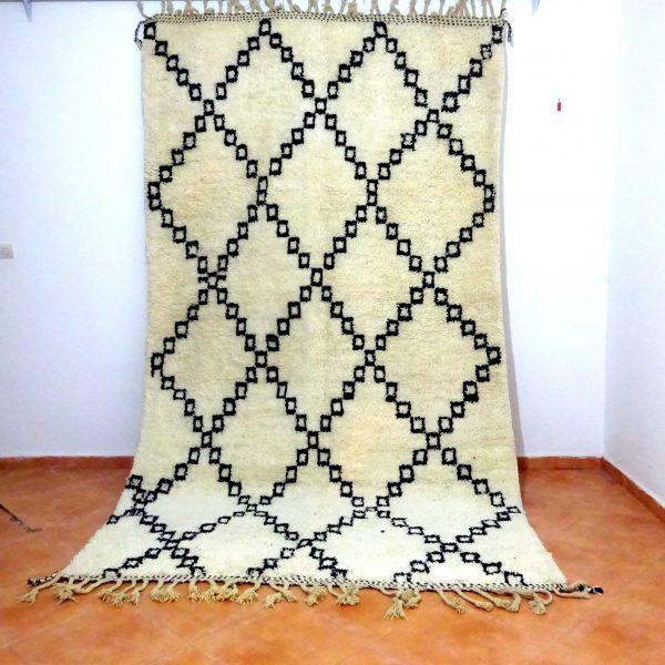 beni ourain regular pattern
